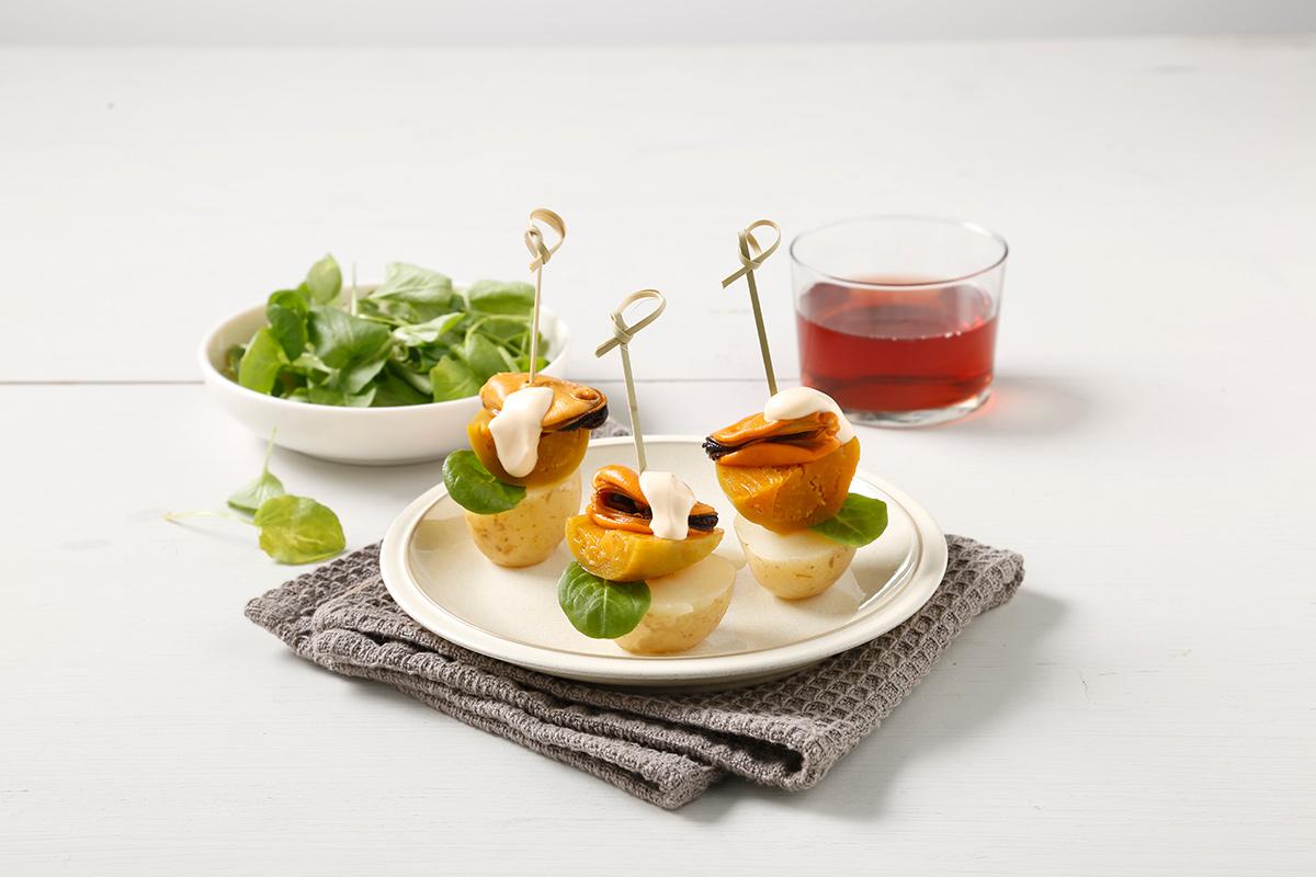 Pincho de mejillón en escabeche, patata y berenjena Conservas Antonio
